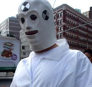 Le carnage des crash test dummy en plastique est enfin terminé.