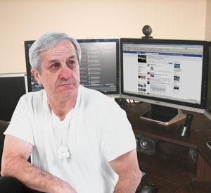 Gilles Daviault trouve que Facebook manque de jugement