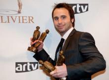 En 2009, Louis-José Houde a gagné plusieurs Oliviers. Peut-être qu'hier aussi, qui sait.